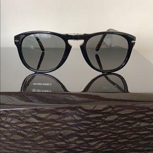 Persol PO0714S Folding Sunglasses, Steve McQueen